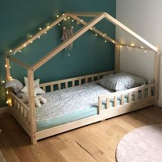 diy toddler bed girl * diy toddler bed ` diy toddler bed boy ` diy toddler bed girl ` diy toddler bed easy ` diy toddler bed rail ` diy toddler bed on floor ` diy toddler bed with storage ` diy toddler bed plans Toddler Floor Bed, Toddler House Bed, House Beds For Kids, Diy Toddler Bed, Bed For Girls Room, Toddler Rooms, Kid Beds, Girl Room, Bunk Beds
