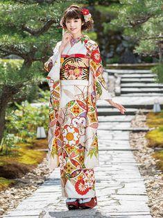 Mine(マイン) M-702 Japanese Costume, Japanese Kimono, Japanese Girl, Yukata Kimono, Kimono Dress, Traditional Kimono, Traditional Outfits, Geisha, Cute Kimonos