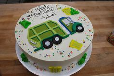 Garbage truck on a cake Digger Birthday Cake, Digger Cake, Truck Birthday Cakes, Truck Cakes, Homemade Birthday Cakes, 3rd Birthday, Birthday Ideas, Garbage Truck Party, Trash Party