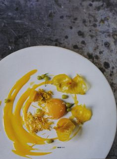 *Inspriation only, no recipe* Beautiful food in yellow from NOMA, the best restaurant in the world: Dandelion, nasturtium, seakale fruit and yellow beetroots