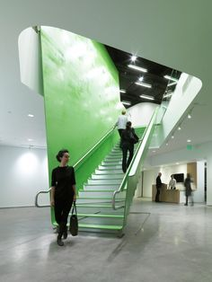 Professionals in staircase design, construction and stairs installation. In addition EeStairs offers design services on stairs and balustrades.Check out our work >> Architecture Cool, School Architecture, Installation Architecture, Interior Staircase, Staircase Design, Stair Design, Architecture Foundation, Steel Stairs, Ladders