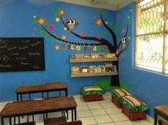 Risultati immagini per ideas para bibliotecas escolares Classroom Decor Themes, School Decorations, Paper Mache Tree, Kids Church Decor, Library Corner, School Murals, Class Design, English Classroom, School Classroom