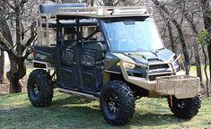 Holy Massive Mother of Rangers How many people do u really need in one buggy tho? But omg great for hunting in comfort 😍 Offroad Monster Polaris Ranger Hunting Rig with bumpers roof, light bar, winch, high seat Hunting Truck, Bow Hunting Deer, Texas Hunting, Quail Hunting, Polaris Off Road, Polaris Atv, Cool Trucks, Big Trucks, Ranger Atv