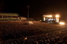 Foo Fighters | The Official Foo Fighters Site -- NIB Perth, Australia