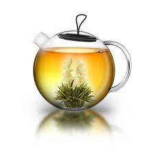 Hatalmas, 1,5 l-es Creano teáskannában jázminos virágzó tea.