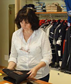 La nostra Vania è sempre disponibile per voi in negozio  #abbigliamento #modena #uomo #donna