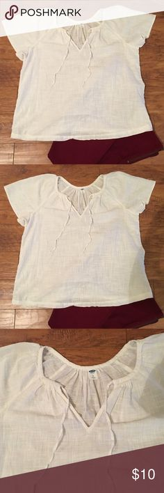 Old Navy top Off white/cream 100% cotton top. Pretty flutter sleeves. Worn once. Pants not included. Old Navy Tops Blouses
