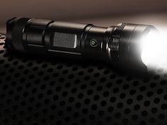 FLASHEX™ - Powerful Flashlight In The World Super Bright Flashlight, Wow Video, Can Lights, Survival Tools, Most Powerful, Self Defense, Cool Gadgets, How To Run Longer, Boden