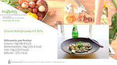 Heute wieder mal etwas für die Vegetarier und Veganer unter euch: Grüner Bohnen Salat mit Tofu, einfach mal ausprobieren und testen😃 Natürlich können auch Omnivoren diese Rezept austesten Tofu, Cantaloupe, Serving Bowls, Beef, Fruit, Tableware, Kitchen, Vegetarian, Vegans