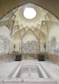 Bath house in Hammam-e Vakil - Iran. always wanted to visit a bath (hammam) house but too young for all that. Islamic Architecture, Amazing Architecture, Art And Architecture, Architecture Details, Interior And Exterior, Interior Design, Relax, Tadelakt, Beautiful Bathrooms