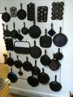 I love to collect cast iron but old iron is really getting hard to find. ****