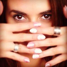 Evoluciona! Atrévete a cambiar. Stud Earrings, Nail Art, Nails, Jewelry, Fingernail Designs, Colombia, Finger Nails, Earrings, Jewlery
