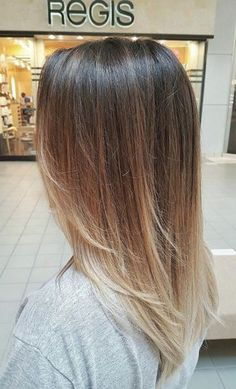 Ombre done by Kara Jenne Trendfrisuren Chad, akkurater Mittelscheitel oder France Lower Perish Medium Length Hair With Layers Straight, Long Layered Hair, Long Hair Cuts, Thin Hair, Hair Color And Cut, Ombre Hair Color, Balliage Hair, Lace Hair, Hair Dye