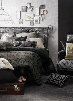 black and gray for the bedroom