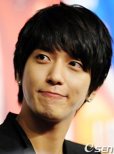 CNBLUE's Yonghwa produced 17 songs in just first half of the year