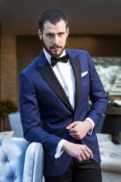 Fashion Suits, Fashion Men, Tudor Tailor, Dinner Jackets, Black Tie Affair, Evening Attire, Tuxedo, Mens Suits, Dress To Impress