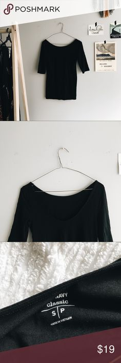 🥀 minimalist scoop neck top 🥀 ↟ soft & stretchy black top, low scoop back, fitted  ↟ never worn, true to size   ↟ leave any questions in the comments   ↟ i am not modeling at the moment   🥀 please note: i do my very best to document & explain the condition of each item, however i am human & can miss something. also understand that pilling, scuffs, wear can all be interpreted differently Old Navy Tops