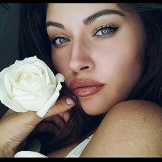 White rose   @alisa_malina