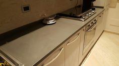 Top cucina in ardesia bordò piano naturale con lavello sottopiano e ...