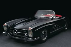 If i were ever to purchase a classic car.....this would be it. Mercedes Benz 300 SL Roadster