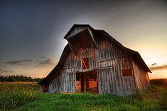 Kentucky Barn 1 by James T Atkinson, via Flickr