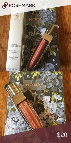 💋Lancôme color fever Gloss in the shade hotspell New in the box Lancôme color fever Gloss in hotspell. Perfect over lipstick or worn on its own. Lancome Makeup Lip Balm & Gloss