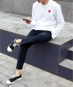 15 super Ideas for sneakers fashion outfits minimal chic death Look Fashion, Trendy Fashion, Korean Fashion, Sneakers Fashion Outfits, Casual Outfits, Casual Shoes, Costume En Lin, Style Masculin, Outfits Hombre