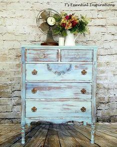 Shabby Vintage dresser