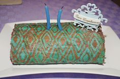 patterned cake