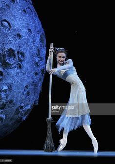 <<Svetlana Zakharova (Bolshoi Ballet) performs in the role of Cinderella at the Royal Opera House in Covent Garden on August 7, 2006 in London, England>>