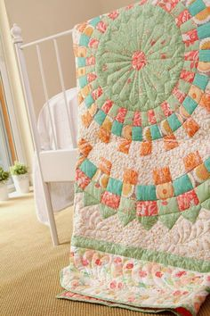 Quilt Inspiration: Free pattern day ! Dresden Plates. This also has about 10 other free patterns for Dresdens!!!