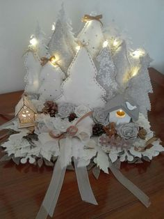 1 million+ Stunning Free Images to Use Anywhere Christmas Makes, Felt Christmas, Christmas Photos, Christmas Projects, Christmas Home, Christmas Wreaths, Christmas Decorations, Christmas Ornaments, Christmas Candle Centerpieces