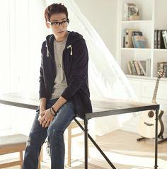 Lee Hyun Woo - Unionbay S/S 2015