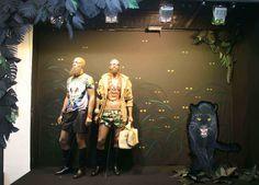 Ártidi #escaparate #granformato #artistascontemporaneos Tropical Windows, Window Displays, Painting, Contemporary Artists, Shop Displays, Trends, Store Windows, Display Cases, Painting Art