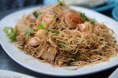 Mee Hong Kong pad haeng (หมี่ฮ่องกงผัดแห้ง), Hong Kong style fried noodles