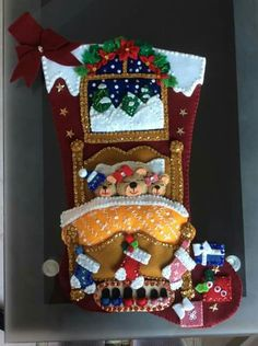 Manualidades by angelica Family Christmas Stockings, Christmas Stocking Kits, Christmas Clay, Xmas Stockings, Felt Christmas Ornaments, Christmas Sewing, Christmas Makes, Christmas Projects, Christmas Decorations