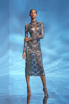 Get inspired and discover David Koma trunkshow! Shop the latest David Koma collection at Moda Operandi. Style Couture, Couture Mode, Couture Fashion, Runway Fashion, Fashion Models, David Koma, Couture Dresses, Fashion Dresses, Illustration Mode
