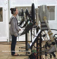 Microphone test in Abbey Road Studio 2, photo by OXSA - www.remix-numerisation.fr - Rendez vos souvenirs durables ! - Sauvegarde - Transfert - Copie - Restauration de bande magnétique Audio - MiniDisc - Cassette Audio et Cassette VHS - VHSC - SVHSC - Video8 - Hi8 - Digital8 - MiniDv - Laserdisc