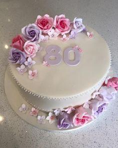Super Birthday Cupcakes For Women Adult Ideas 70th Birthday Cake For Women, 90th Birthday Cakes, Elegant Birthday Cakes, Birthday Cake Design, Birthday Cake Ideas For Adults Women, Bolo Minnie, Wedding Anniversary Cakes, Mom Cake, Fondant Cakes