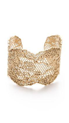 gorgeous lace cuff