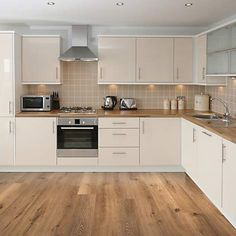 21 Greatest Small Kitchen Design Ideas for Your Tiny Space Ikea Kitchen Design, Modern Kitchen Cabinets, Contemporary Kitchen Design, Kitchen Cabinet Colors, Kitchen Layout, Kitchen Flooring, Interior Design Kitchen, Kitchen Decor, L Shaped Kitchen Cabinets