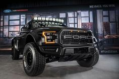 The DeBerti 2017 Ford Raptor Pre Runner is the world's first custom SVT Raptor Raptor Truck, Ford F150 Raptor, Black Ford Raptor, 2017 Raptor, Ford Pickup Trucks, Jeep Truck, Autos Ford, Buggy, Us Cars
