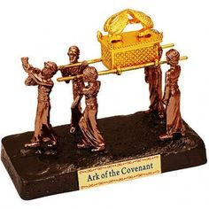 Very detailed Ark of the Covenant being carried by the Priests.