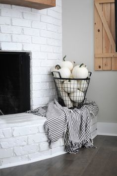 Easy Ways to Decorate with Neutral Fall Decor Black metal basket full of white pumpkins in a neutral fall decor home tour.Black metal basket full of white pumpkins in a neutral fall decor home tour. Fall Home Decor, Autumn Home, Fal Decor, Fall Apartment Decor, Fall Bedroom Decor, Fall Kitchen Decor, Autumn Fall, Fall Living Room, Living Room Halloween Decor