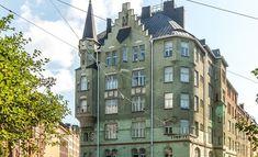 Katajannokan jugend-talo on kuin satukirjasta! Helsinki, Art Nouveau, Multi Story Building, Architecture, Life, Dream Houses, Heaven, Design, Pottery