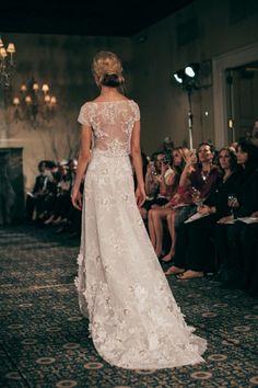 Mira Zwillinger Spring 2016 Bridal / Photo: The LANE http://thelane.com/style-guide/fashion/bridal/mira-zwillinger-bridal-spring-2016