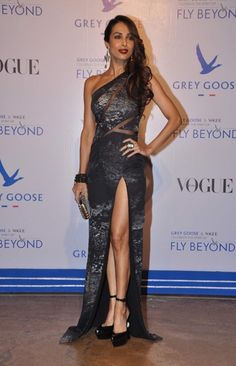 Malaika Arora Khan in Veda Raheja Indian Bollywood Actress, Indian Actresses, Modern Fashion, Luxury Fashion, Bhagavata Purana, Nice Dresses, Formal Dresses, Resort 2015, Tabu