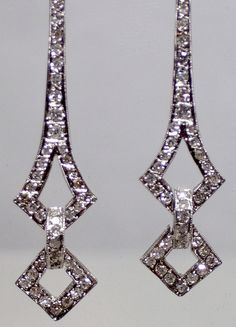 1920 1930 Art Deco 18k white gold and diamond Jean Harlow earrings - 1.6 carats - shoulder duster w hinged dangles - sparkly