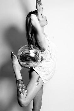 Beautiful dance shot!