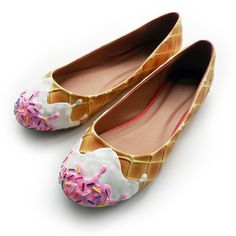 I am *in LOVE* with these adorable ice cream flats! <3